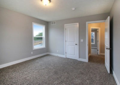 Custom Floor Plans - The Crestview - CRESTVIEW-2528g-LWNG223-TwoStoryFloorPlan-LowingWoodsJenisonHusdonvilleMichigan-CraftsmanDesignerSeriesSingleFamilyHome-41