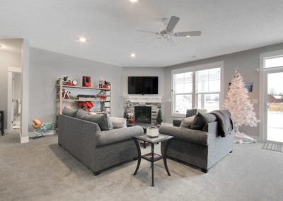 Custom Floor Plans - The Willow II Americana - ChristmasWillow-1528c-PLWC09017-19