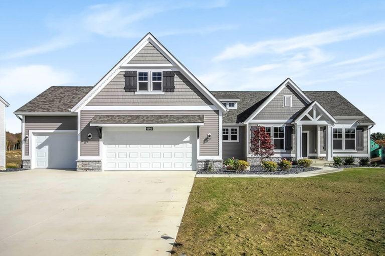 Home Plans, The Fitzgerald - Fitzgerald-2220a-PRLK9-35-768x512