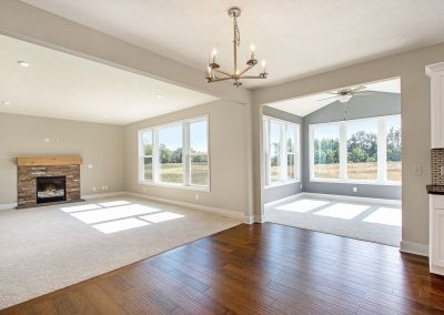 Custom Floor Plans - The Preston - LWNG272-Preston-Deerhaven-23