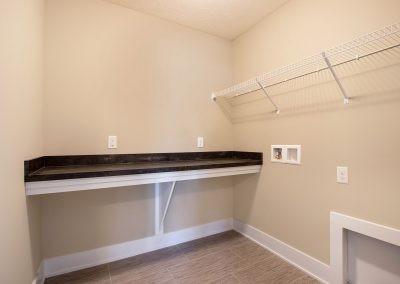 Custom Floor Plans - The Preston - LWNG272-Preston-Deerhaven-4