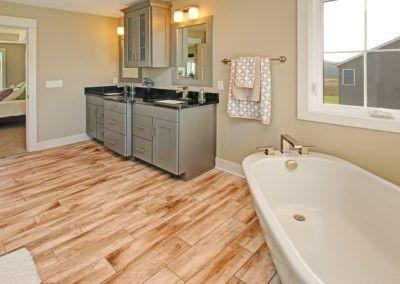 Custom Floor Plans - The Newport - NEWPORT-2478g-SDLR83-67