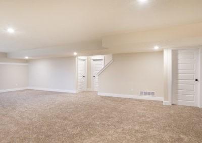 Custom Floor Plans - The Newport - Newport-2478a-SDWG85-8318-Yellowstone-Lane-Grand-Ledge-23-1