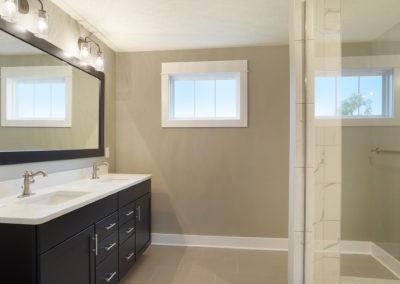 Custom Floor Plans - The Newport - Newport-2478a-SDWG85-8318-Yellowstone-Lane-Grand-Ledge-27-1