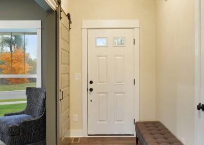 Custom Floor Plans - The Newport - Newport-2478a-SDWG85-8318-Yellowstone-Lane-Grand-Ledge-9-2