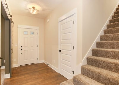 Custom Floor Plans - The Newport - Newport-2478a-SDWG85-8318Yellowstone-1