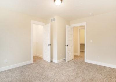 Custom Floor Plans - The Newport - Newport-2478a-SDWG85-8318Yellowstone-22
