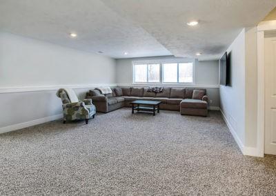 Custom Floor Plans - The Newport - Newport-2478c-SDLR201-SaddleRidge-Rockford-47