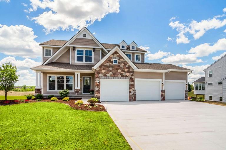 Home Plans, The Newport - Newport-2478f-RDGR14-9-768x511