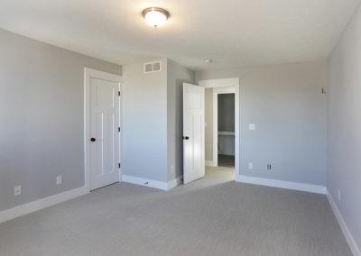 Custom Floor Plans - The Newport - Newport-2478g-SDLR223-ModernTwoStoryFloorPlanSingleFamilyHomeRockfordMichigan-14