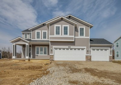 Custom Floor Plans - The Preston - Preston-2344e-CFGV38-2