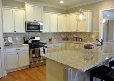 Custom Floor Plans - The Sawyer in Auburn, AL - SAWYER-2205b-PRS67-2166-Cardinal-Ln-16