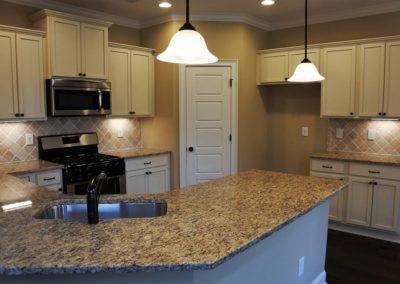 Custom Floor Plans - The Sawyer in Auburn, AL - SAWYER-2205d-PRS04-111-2042-Covey-Dr-75