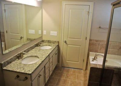 Custom Floor Plans - The Sawyer in Auburn, AL - SAWYER-2205d-PRS04-153-1898-Sequoia-50