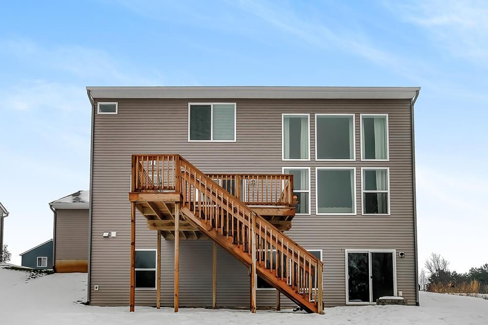 Stafford 1802a CCWV45 21 - Custom Homes in Michigan